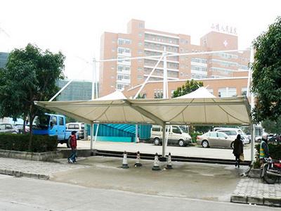 重庆市公安局停车棚改建钢结构膜结构停车棚