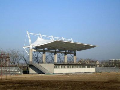 山东水利职业学院体育看台膜结构